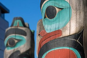 close up of eagle totem - anchorage walking tour