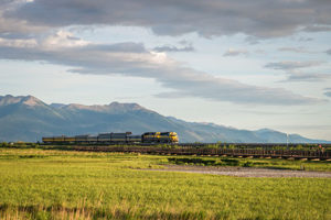 alaska railroad coming down turnagain arm at sunset - smartphone photography tour