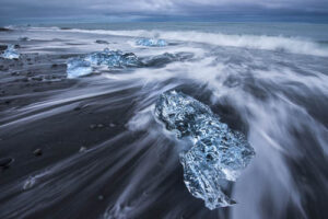 icebergs on black sand beach in Iceland - photo tips from home